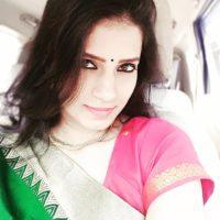 Sarita Mehendale Joshi Photo Marathi