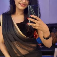 Mrs Mukhyamantri Lead Actress Amruta Dhongade Marathi Actress in Black Saree